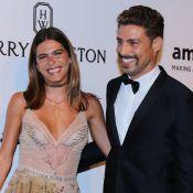 Mariana Goldfarb elogia visual com bigode do namorado, Cauã Reymond: 'Gato'