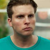 'Malhação': Caio faz Bárbara desmaiar com tapa e, preso, é desprezado por Manu