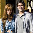 Alice (Sophie Charlotte) se apaixonará por Renato (Renato Góes) mas o casal sofrerá uma brusca separação em 'Os Dias Eram Assim'