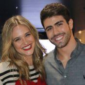 Juliano Laham e Juliana Paiva festejam 1 ano de namoro: 'Curtindo cada fase'