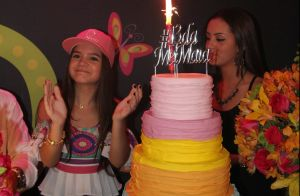 Mel Maia recebe amigos e celebra 13 anos com festa 'paz e amor'. Fotos!