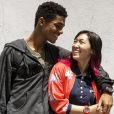 No ar em 'Malhação - Viva a Diferença', o casal Anderson (Juan Paiva) e Tina (Ana Hikari) já está sendo shippado nas redes sociais: 'Tinderson'