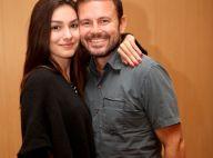 Marina Moschen e o namorado prestigiam pré-estreia de filme com Isis Valverde