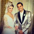 Mesmo com a rígida segurança, fotos do casamento de Latino e Rayanne vazaram nas redes sociais