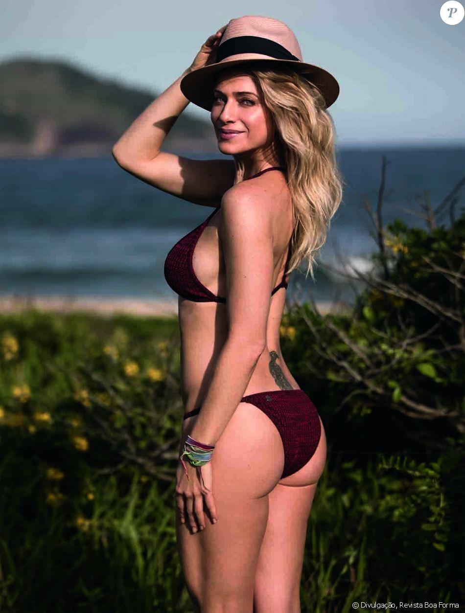 Leticia Spiller, de 'Os Dias Eram Assim', esbanjou boa forma em ensaio de biquíni