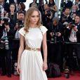 A modelo e atriz Lily-Rose Depp de Chanelna cerimônia de abertura da 70ª edição do Festival de Cannes, no sul da França, nesta quarta-feira, 17 de maio de 2017