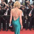 A atriz Robin Wright apostou em um vestido com as costas bem decotadas para o segundo dia do Festival de Cannes, no Sul da França, nesta quinta-feira, 18 de maio de 2017