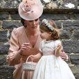 Madrinha do casamento, Kate Middleton usou vestido Alexander McQueen e Charlotte, daminha de honra, vestiu Pepa & Co.