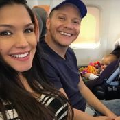 Thais Fersoza dá dicas para acalmar filha em viagem de avião: 'Não dou remédio'