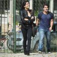 A policial Antônia (Vanessa Giácomo) se envolverá com o garçom Julio (Thiago Martins) em 'Pega Pega'