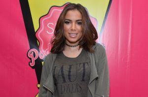 Anitta responde internauta que pediu empresário dela como presidente: 'Eu mesma'