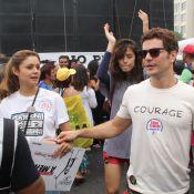 Sophie Charlotte e marido, Daniel de Oliveira, vão à manifestação por Diretas Já