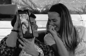 Ex-BBB Antonio se diverte em kart com Alyson e amigos dela na Espanha. Fotos!