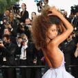 A modelo francesa Tina Kunakey de Armani na 70ª edição do Festival de Cannes, realizado no Sul da França