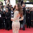 Izabel Goulart apostou em um look Roberto Cavalli repleto de transparência e aplicações na 70ª edição do Festival de Cannes, realizado no Sul da França