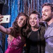 Wesley Safadão é tietado por Juliana Paes em 'A Força do Querer': 'Em breve'