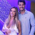 Nicole Bahls se casará em dezembro com o ex-Fazenda Marcelo Bimbi