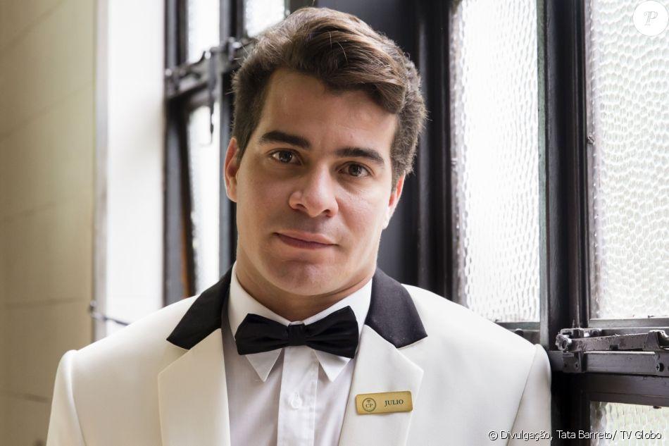 Thiago Martins é Julio na novela 'Pega Pega'