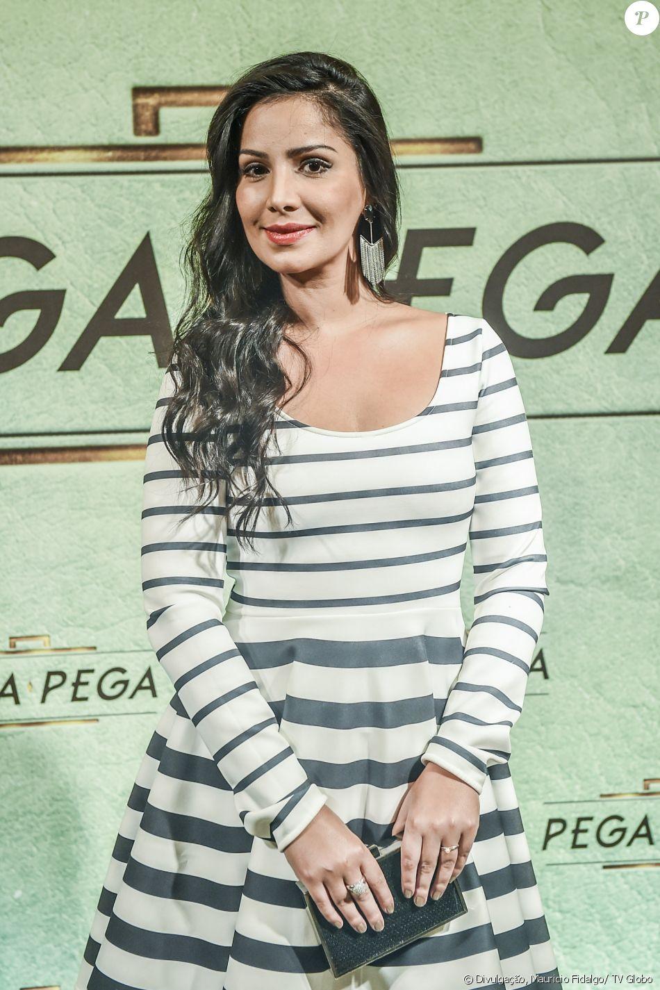 Rhafaela Castro é Gilda na novela 'Pega Pega'