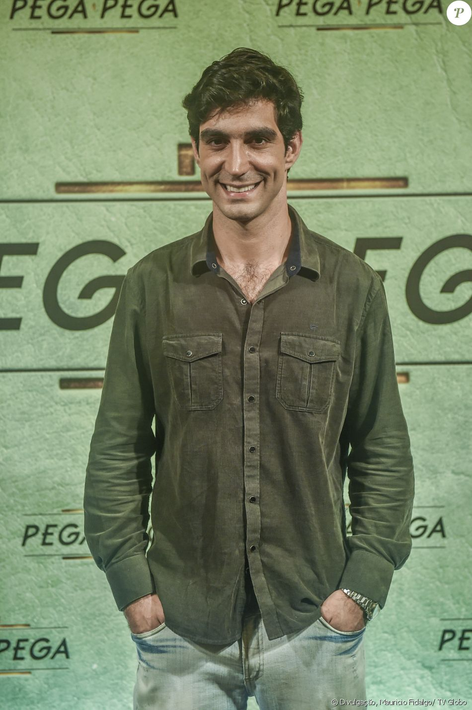 Rodrigo Mathias é Murilo, na novela 'Pega Pega'