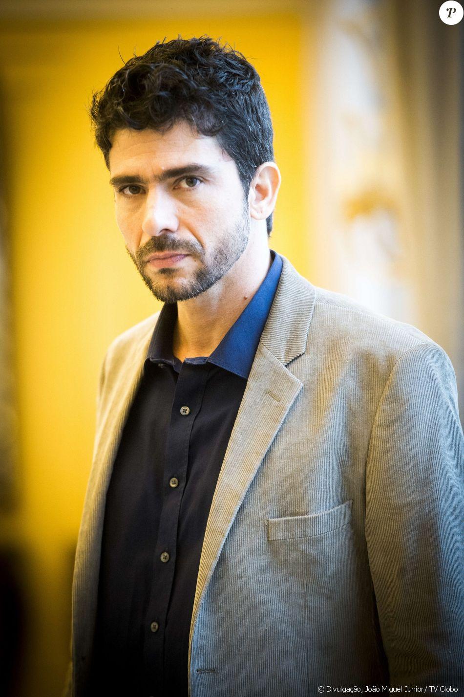 Lucci Ferreira é Cássio na novela 'Pega Pega'