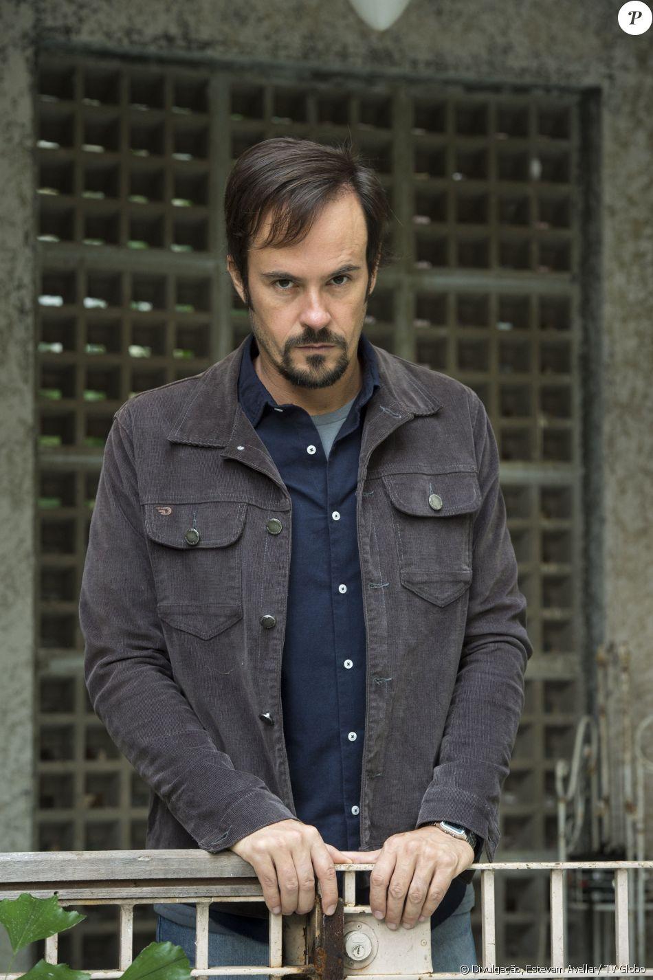 Paulo Vilhena é Evandro na novela 'Pega Pega'