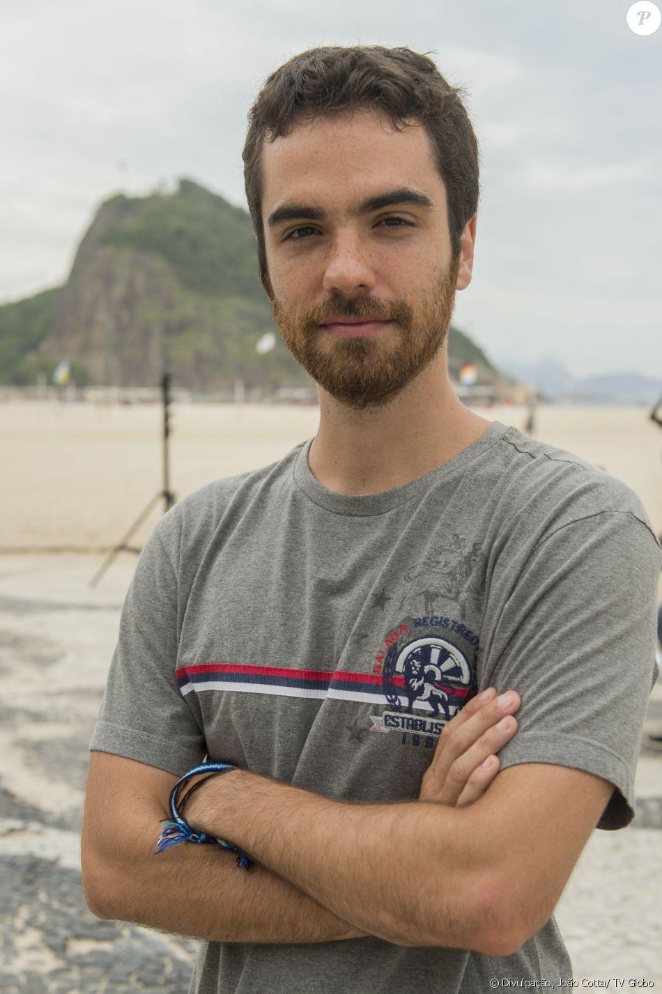 Bernardo Marinho é Wanderley na novela 'Pega Pega'