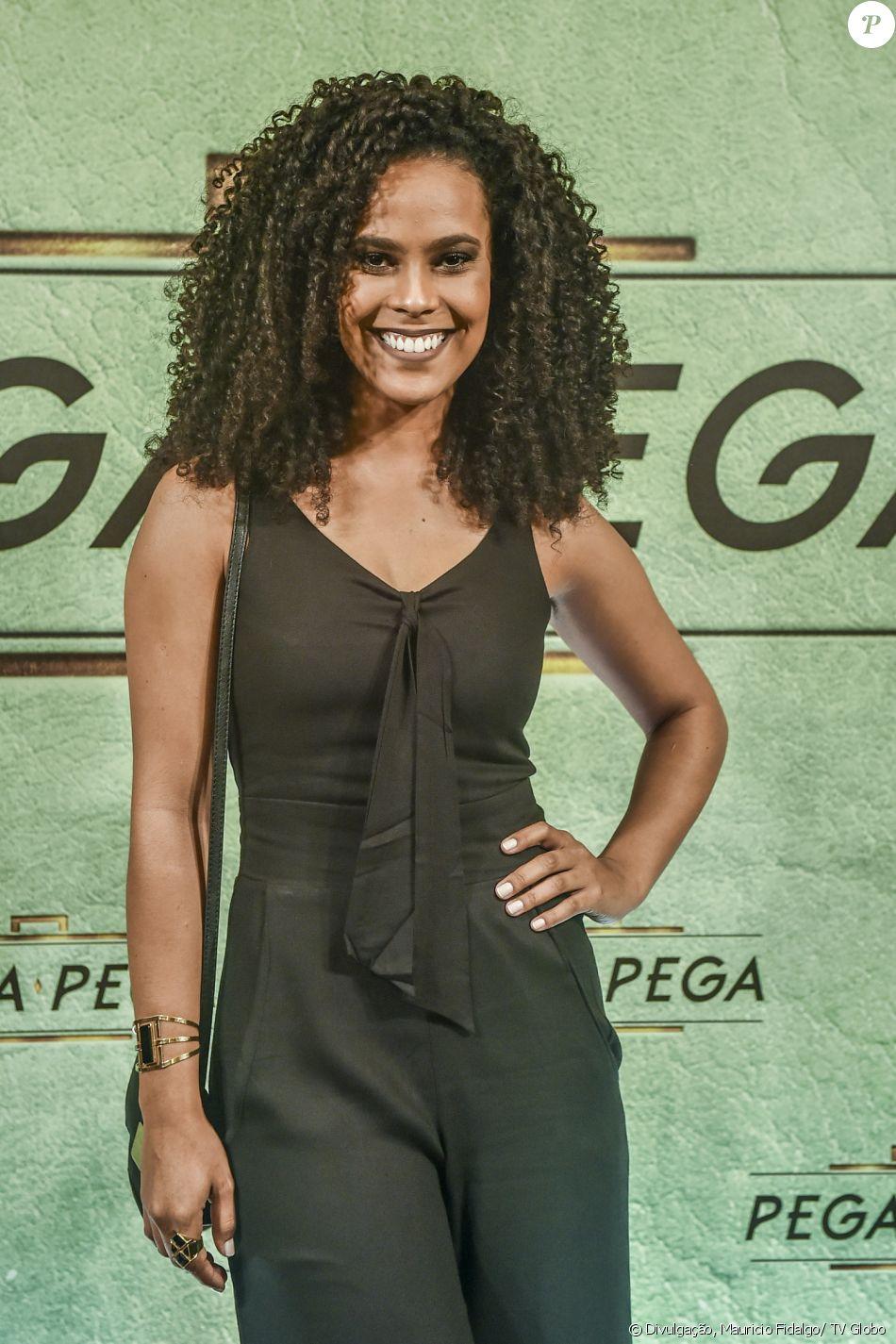 Ana Isabela Godinho é Nina na novela 'Pega Pega'