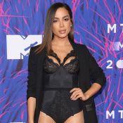 Anitta usa body de renda e posa com Iggy Azalea em premiação no México. Fotos!