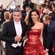 George Clooney e a mulher, Amal, reservaram um andar do hospital para ter privacidade