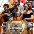 Bruna Marquezine e Neymar se divertiram com amigos no parque Six Flags Magic Mountain, que reúne 35 tipos de montanhas-russas