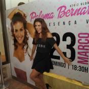 Paloma Bernardi causa alvoroço em loja de lingerie e posa com fãs