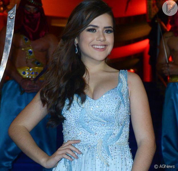 Maisa Silva apostou em um vestido azul da estilista Carol Hungria para a sua festa de 15 anos, que aconteceu em São Paulo na noite desta sexta-feira, 9 de junho de 2017
