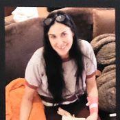 Demi Moore exibe na TV foto sem dentes após arrancá-los em crise de estresse