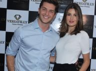 Camila Queiroz e Klebber Toledo ficaram noivos antes de festa de aniversário