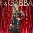 A atriz Grazi Massafera foi convidada para a Semana de Moda de Milão pela grife italiana Dolce & Gabbana, pela qual desfilou em fevereiro de 2017