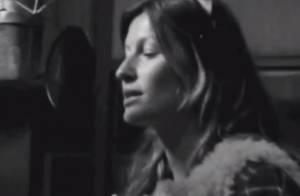 Gisele Bündchen canta música de Blondie em nova campanha publicitária