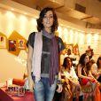 Em outro dia do Fashion Rio (2013), Tainá foi de jeans, camiseta e bota