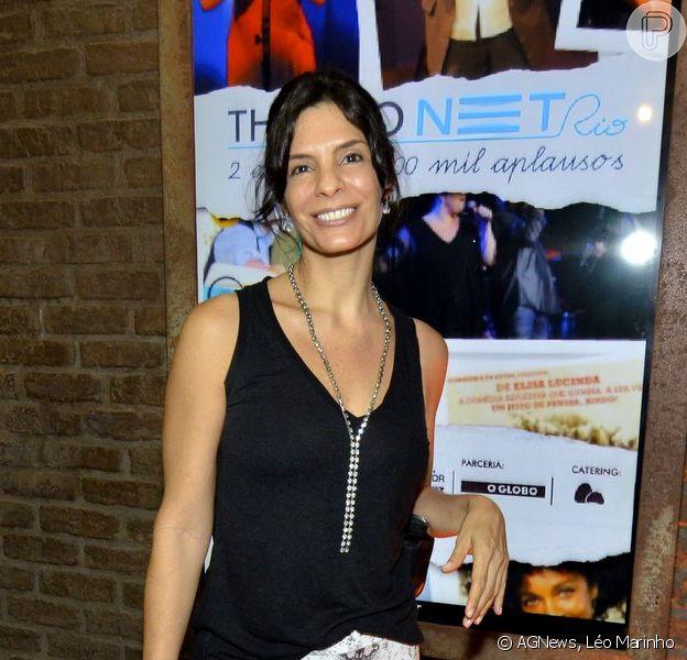 Helena Ranaldi prestigia show de lançamento do CD 'Gilbertos Samba', em Copacabana, Zona Sul do Rio de Janeiro, em 4 de abril de 2014