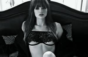Agatha Moreira, de 'Em Família', faz ensaio ousado só de lingerie