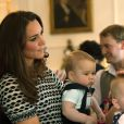Príncipe George, filho de Kate Middletlon e do Príncipe William, faz sua primeira viagem internacional na Nova Zelândia