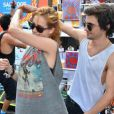 Sophia e Fiuk curtiram juntinhos o Carnaval de salvador em março de 2014