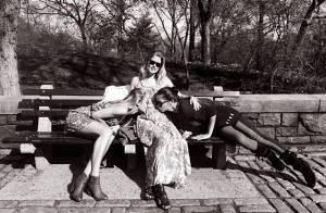 Grávida, Doutzen Kroes recebe carinho de Candice Swanepoel e Adriana Lima