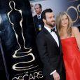 Justin Theroux e Jennifer Aniston estão noivos desde agosto de 2012