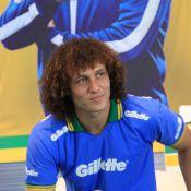 David Luiz, jogador da Seleção, paquera jornalista espanhola em Teresópolis, RJ
