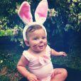 Olha que fofinha a filha de Debby Lagranha fantasiada de coelhinho?