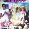 Debby Lagranha festejando o quarto mês de vida de Maria Eduarda, sua filha com Leandro Franco