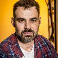 Rafael (Carmo Dalla Vecchia) vai se reencontrar com a ex Gabriela (Camila Morgado) em projeto social e abalar o casamento dela, na novela 'Malhação: Vidas Brasileiras'