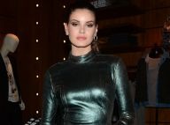 Camila Queiroz nega gravidez de Klebber Toledo a fã: 'Comi brigadeiro'