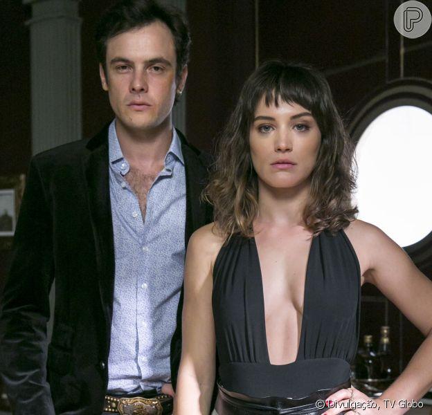 O jornal 'Extra' noticiou que Sergio Guizé e Bianca Bin estão morando juntos em um apartamento da Barra da Tijuca, na zona oeste do Rio